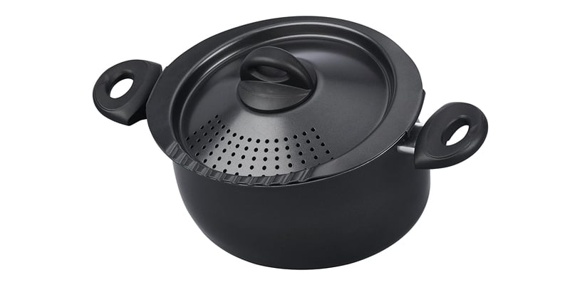 Bialetti Oval 5.5 Quart Pasta Pot with Strainer Lid